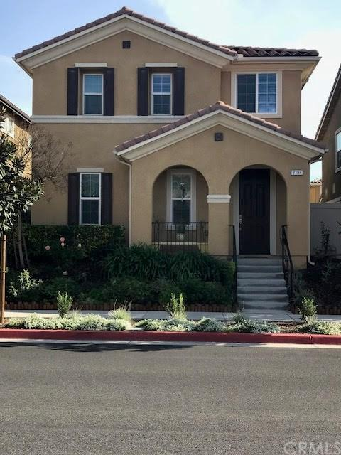 7194 Enclave Drive, Eastvale, CA 92880 (#SW18015753) :: Bauhaus Realty
