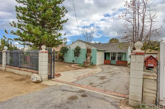 12977 Herrick Avenue, Sylmar, CA 91342 (#SR18016153) :: The Brad Korb Real Estate Group