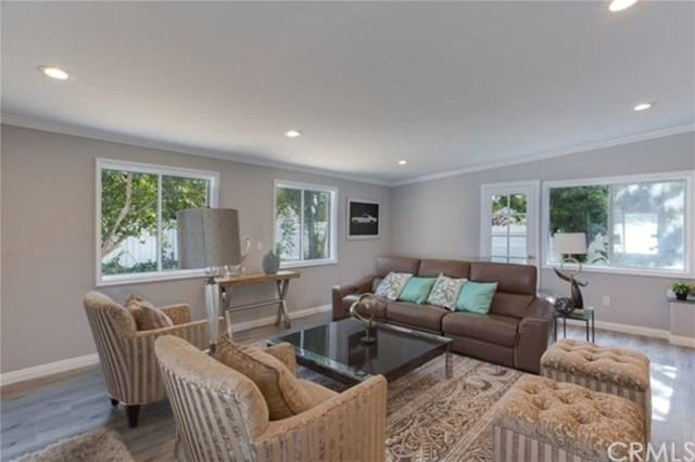8120 Aldea Avenue, Lake Balboa, CA 91406 (#WS18016221) :: The Brad Korb Real Estate Group