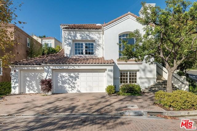 11803 Folkstone Lane, Los Angeles (City), CA 90077 (#18304226) :: Bauhaus Realty
