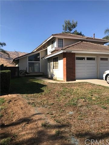 10709 Village Road, Moreno Valley, CA 92557 (#OC18016818) :: Bauhaus Realty