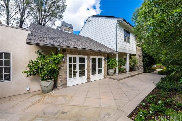 17711 Karen Drive, Encino, CA 91316 (#SR18016397) :: The Brad Korb Real Estate Group