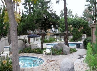 14063 Bayside Drive, Norwalk, CA 90650 (#OC18017193) :: Kato Group