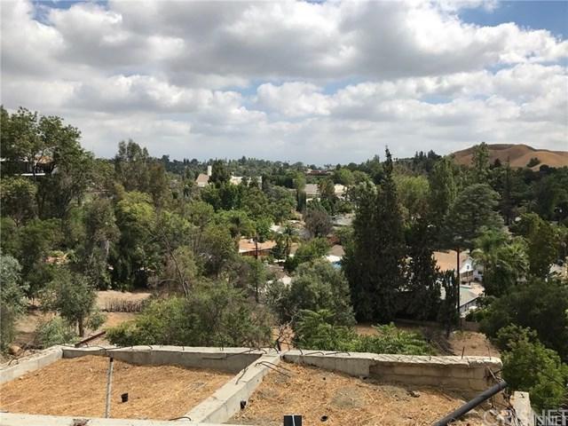 5040 Marmol Drive, Woodland Hills, CA 91364 (#SR18017362) :: The Brad Korb Real Estate Group