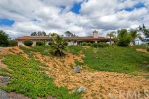 6758 Camino Del Rey, Bonsall, CA 92003 (#SW18017985) :: Z Team OC Real Estate