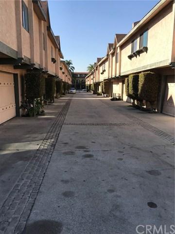 13724 Cordary Avenue #15, Hawthorne, CA 90250 (#DW18024305) :: The Darryl and JJ Jones Team
