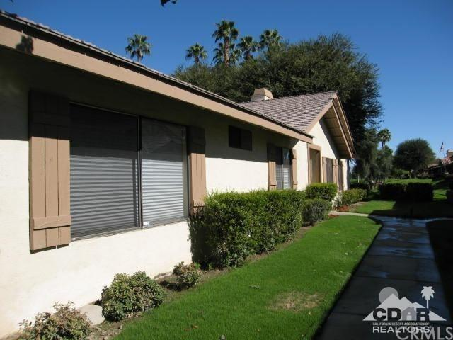 144 Las Lomas - Photo 1