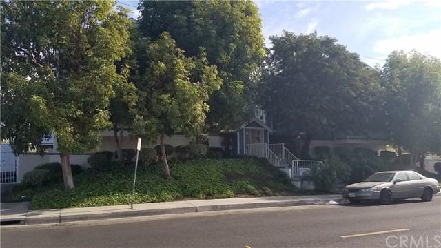 21816 Belshire Avenue #4, Hawaiian Gardens, CA 90716 (#RS17263827) :: Z Team OC Real Estate