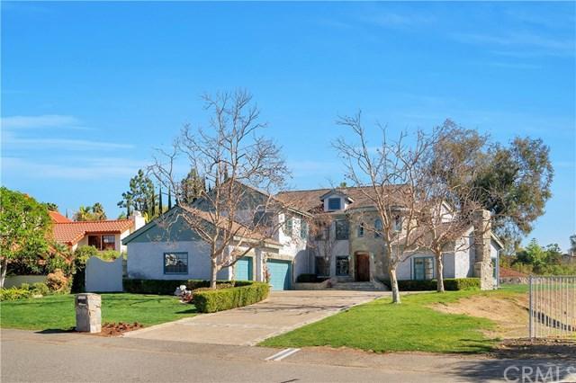 27132 Shenandoah Drive, Laguna Hills, CA 92653 (#OC18030604) :: Z Team OC Real Estate