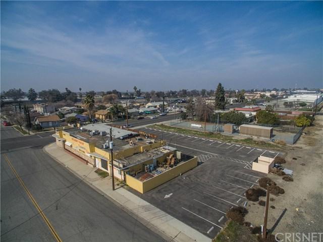 707 12th Avenue, Delano, CA 93215 (#SR18024209) :: RE/MAX Parkside Real Estate