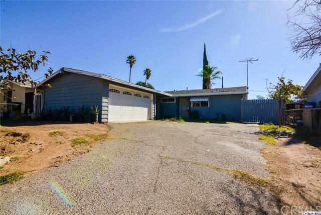 14440 Lyle Street, Sylmar, CA 91342 (#318000529) :: Z Team OC Real Estate