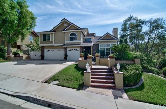 25552 Nottingham Court, Laguna Hills, CA 92653 (#OC18032159) :: Z Team OC Real Estate