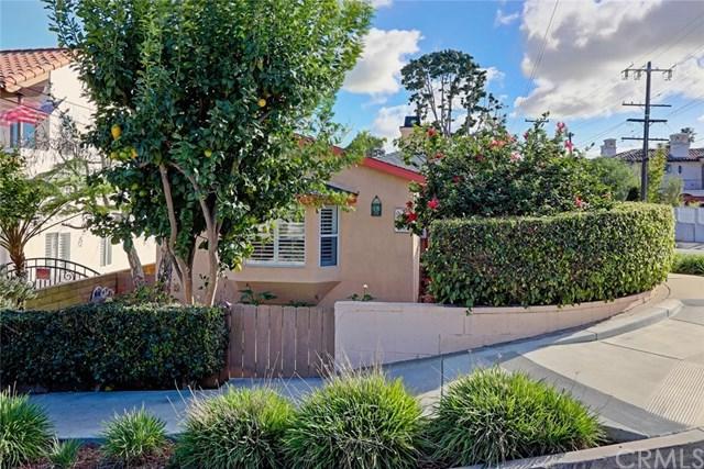 1500 8th Street, Manhattan Beach, CA 90266 (#SB18029789) :: Z Team OC Real Estate