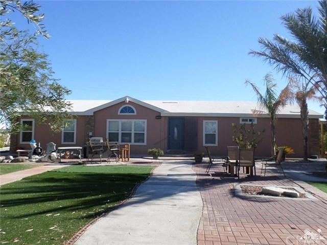 1135 Yellow Sea Avenue, Salton City, CA 92274 (#218005558DA) :: RE/MAX Masters