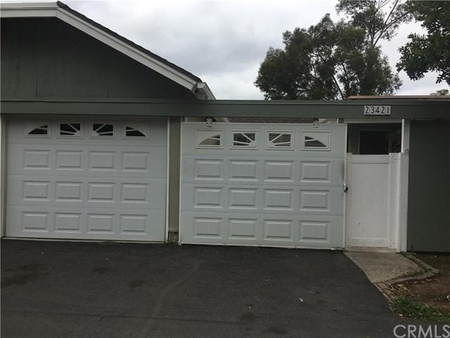23421 Caminito Telmo #165, Laguna Hills, CA 92653 (#OC18035761) :: Z Team OC Real Estate