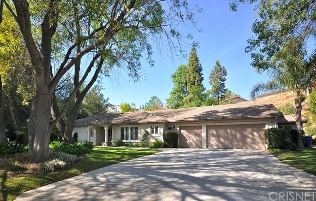 10517 Wystone Avenue, Northridge, CA 91326 (#SR18031565) :: Fred Sed Realty