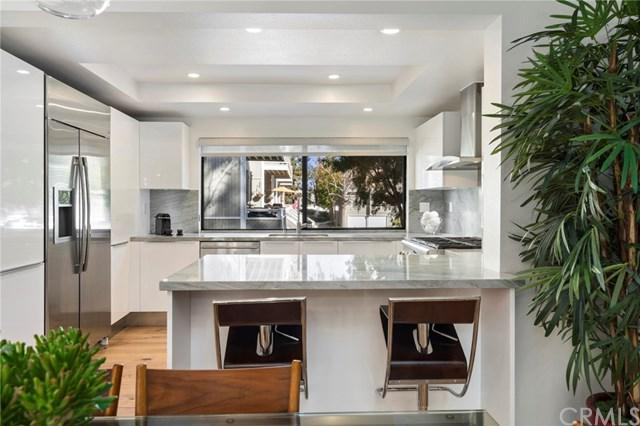 7 Wild Goose Court #56, Newport Beach, CA 92663 (#NP18036609) :: Doherty Real Estate Group
