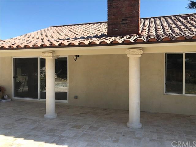1701 Irvine Avenue, Newport Beach, CA 92660 (#SB18036683) :: Doherty Real Estate Group