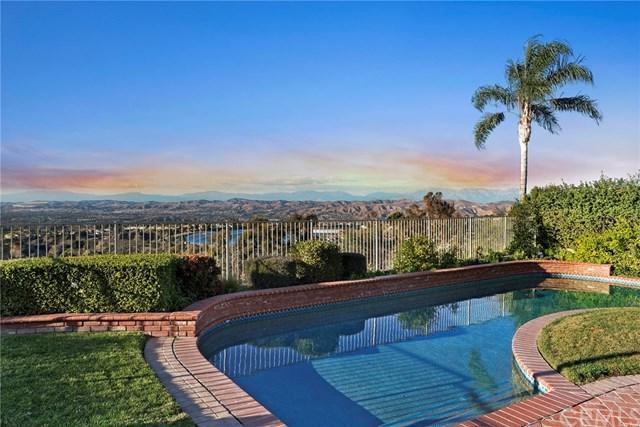 6925 E Avenida De Santiago, Anaheim Hills, CA 92807 (#PW18035574) :: Ardent Real Estate Group, Inc.