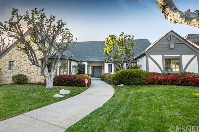 9361 White Oak Avenue, Northridge, CA 91325 (#SR18035740) :: Fred Sed Realty