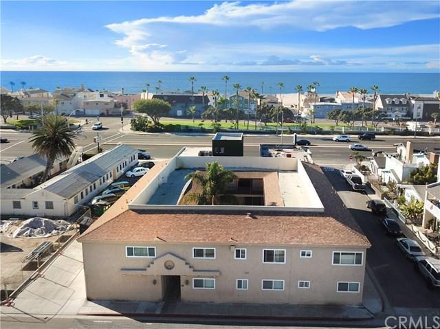 210 Cedar Street, Newport Beach, CA 92663 (#PW18035825) :: Doherty Real Estate Group