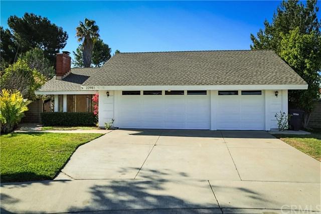 22981 Cedar Point Circle, Lake Forest, CA 92630 (#OC18033491) :: Z Team OC Real Estate