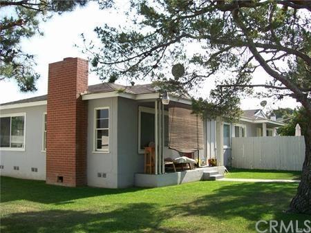 1896 Orange Avenue, Costa Mesa, CA 92627 (#NS18033972) :: Fred Sed Realty