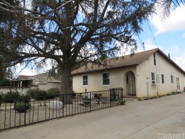 14725 Rex Street, Sylmar, CA 91342 (#SR18037375) :: Fred Sed Realty
