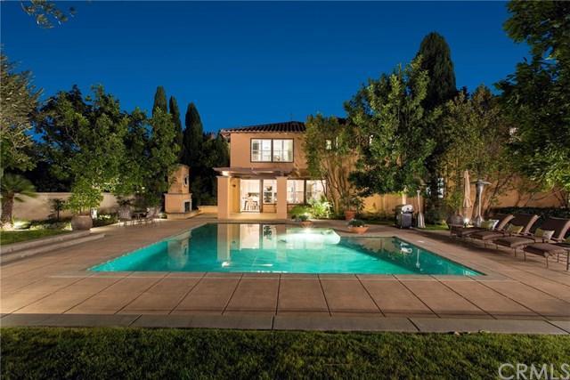 24 Valerio, Newport Beach, CA 92660 (#NP18022259) :: Doherty Real Estate Group