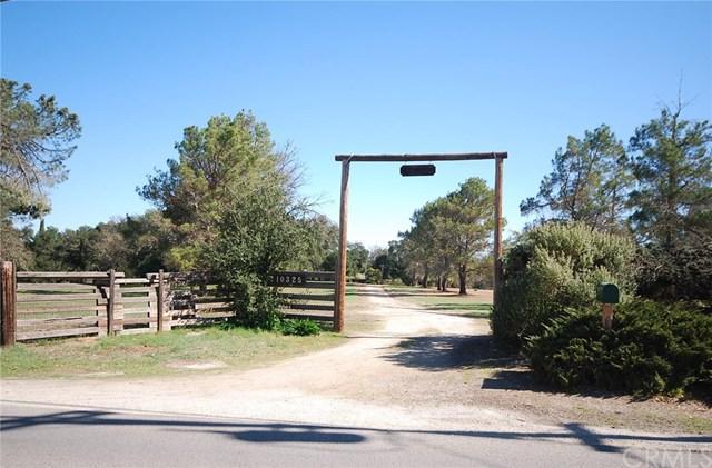 10325 Atascadero Avenue, Atascadero, CA 93422 (#NS18038250) :: RE/MAX Parkside Real Estate