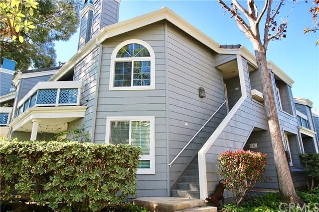 19342 Sunray Lane #201, Huntington Beach, CA 92648 (#DW18038235) :: Doherty Real Estate Group