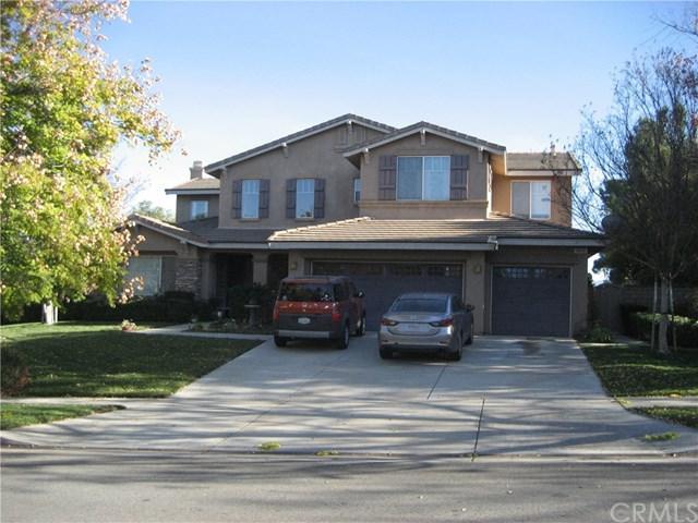 3655 Sunmeadow Street, Corona, CA 92881 (#PW18037889) :: The DeBonis Team