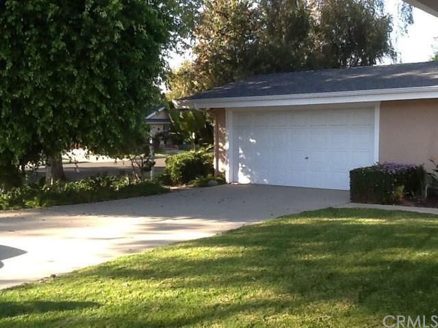 12322 Kensington Road, Rossmoor, CA 90720 (#DW18038488) :: Z Team OC Real Estate