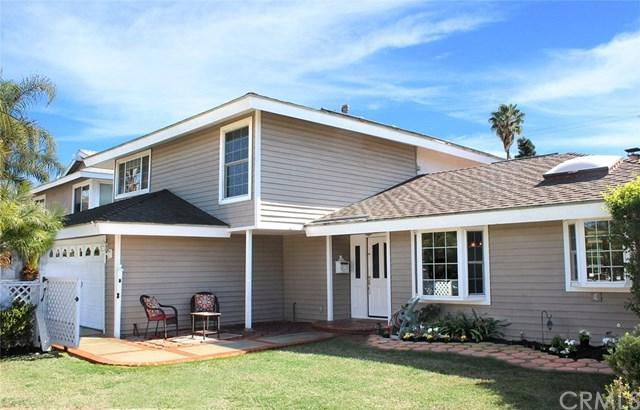 1095 El Camino Drive, Costa Mesa, CA 92626 (#OC18038547) :: Fred Sed Realty