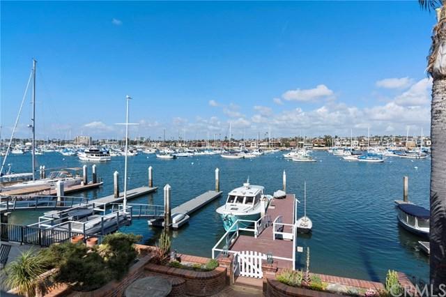 1420 W Bay Avenue, Newport Beach, CA 92661 (#OC18032988) :: Fred Sed Realty