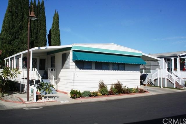 14851 Jeffrey Road #317, Irvine, CA 92618 (#OC18038440) :: Fred Sed Realty