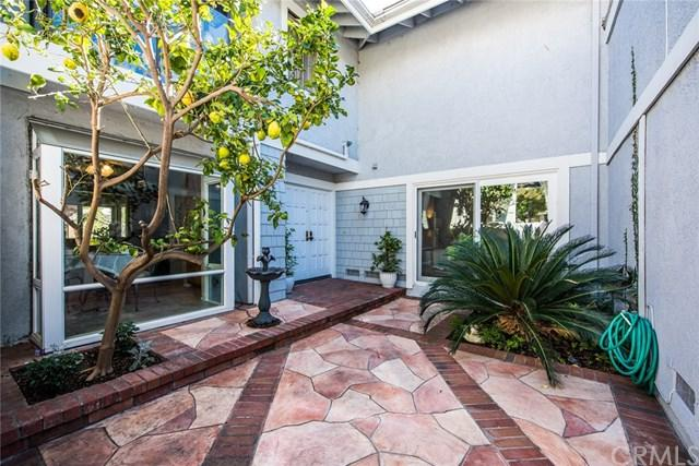 36 Lakeshore #57, Irvine, CA 92604 (#OC18039407) :: Fred Sed Realty