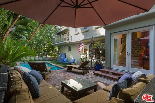 1332 San Ysidro Drive, Beverly Hills, CA 90210 (#18315374) :: Monaco Realty