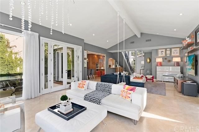 3 Rue Chateau Royal, Newport Beach, CA 92660 (#NP18037504) :: Fred Sed Realty