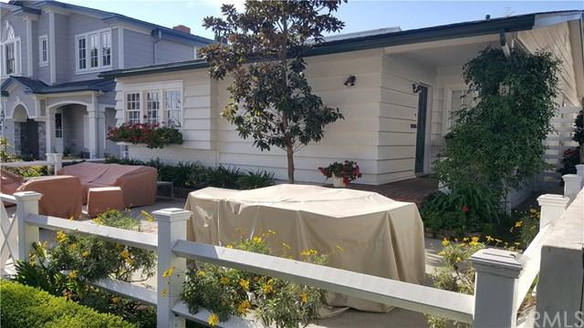 219 Jasmine Avenue, Corona Del Mar, CA 92625 (#NP18039586) :: Pam Spadafore & Associates