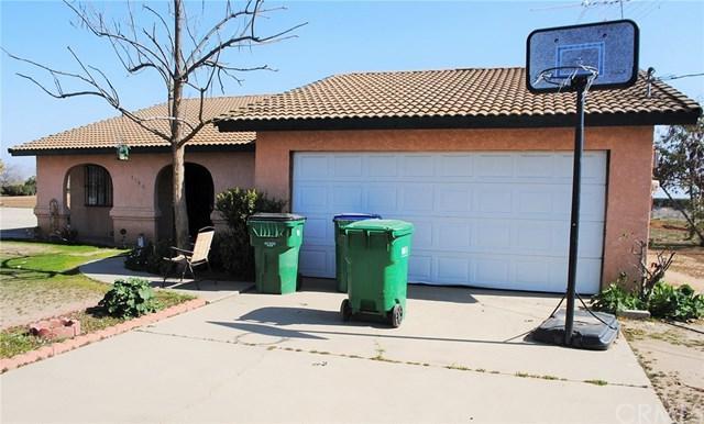 2198 S Indiana Street, Porterville, CA 93257 (#PW18040356) :: Pismo Beach Homes Team