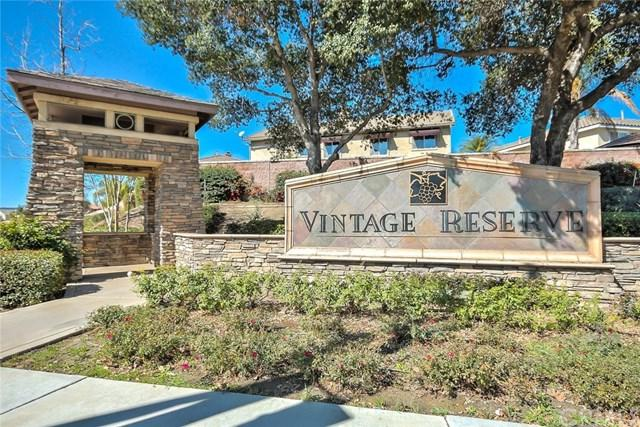 26209 Woodland Circle, Murrieta, CA 92563 (#OC18036059) :: Realty Vault