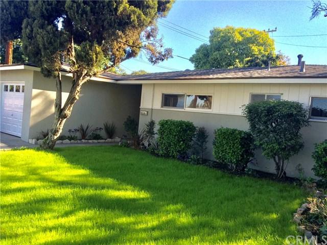10242 Gilbert Street, Anaheim, CA 92804 (#OC18039976) :: The Darryl and JJ Jones Team
