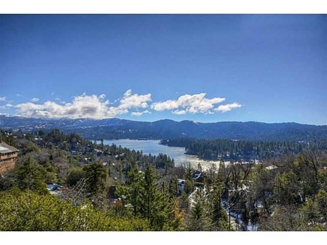 1161 Nadelhorn Drive, Lake Arrowhead, CA 92352 (#EV18041170) :: Angelique Koster