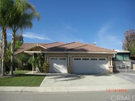 12365 Sandria Avenue, Moreno Valley, CA 92555 (#IV18041169) :: The DeBonis Team