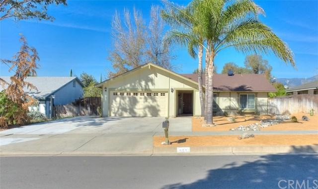 957 Doyle Avenue, Redlands, CA 92374 (#EV18039579) :: Angelique Koster