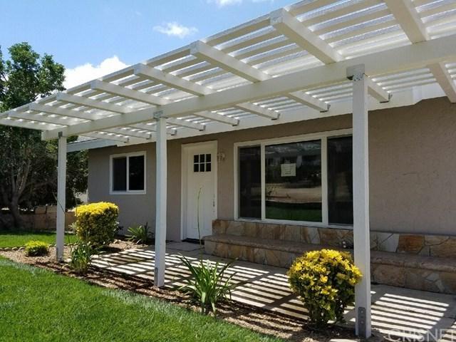 29063 Avenida De Las Flores, Menifee, CA 92587 (#SR18038992) :: Dan Marconi's Real Estate Group
