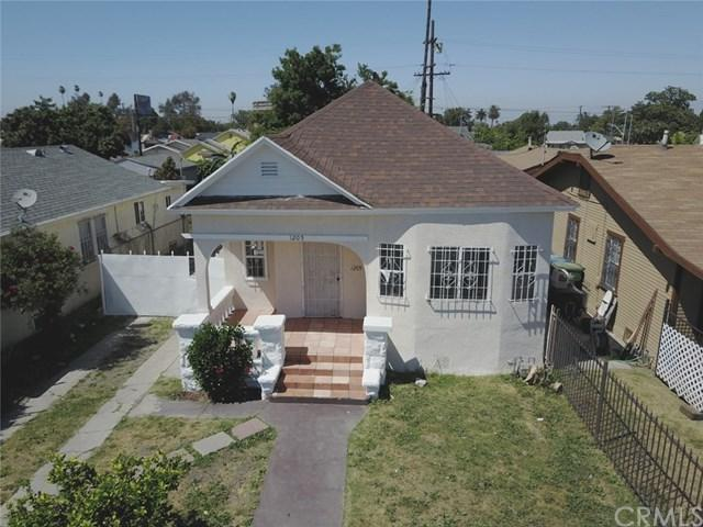 1205 W 73rd Street, Los Angeles (City), CA 90044 (#PW18041588) :: The DeBonis Team