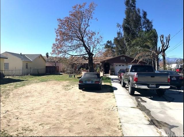 4148 N 3rd Avenue, San Bernardino, CA 92407 (#PW18041648) :: The DeBonis Team
