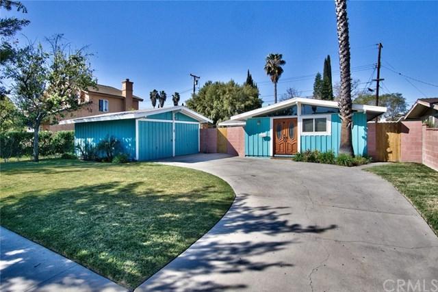 939 S Pepper Street, Anaheim, CA 92802 (#PW18034622) :: The Darryl and JJ Jones Team